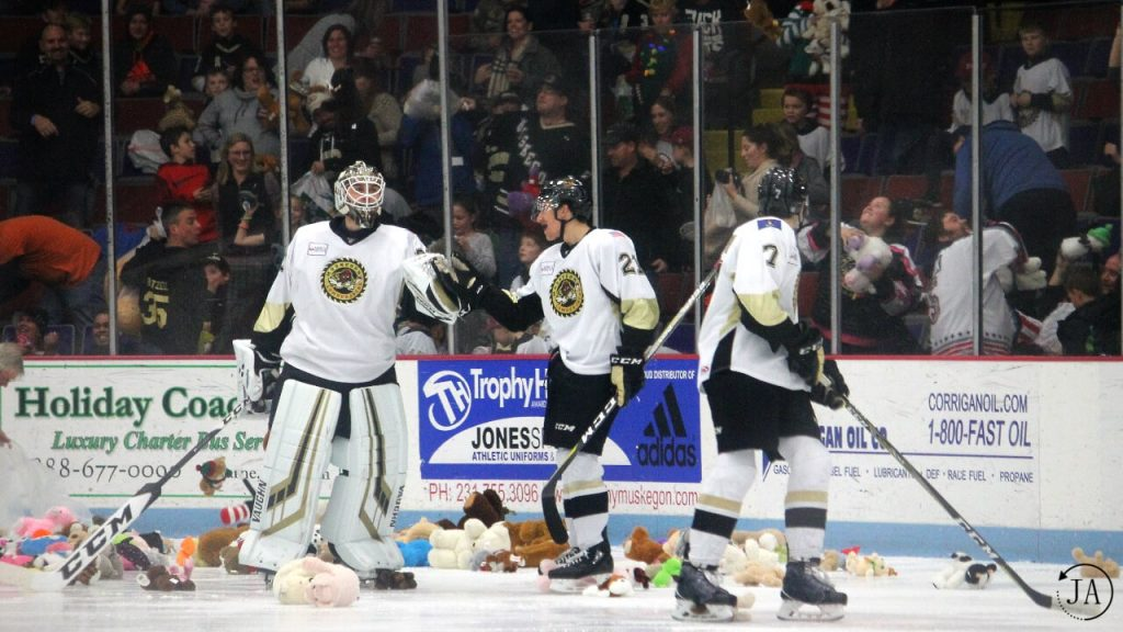 teddy bear toss, charity, keegan karki, vincent de mey, muskegon lumberjacks, lumberjacks hockey