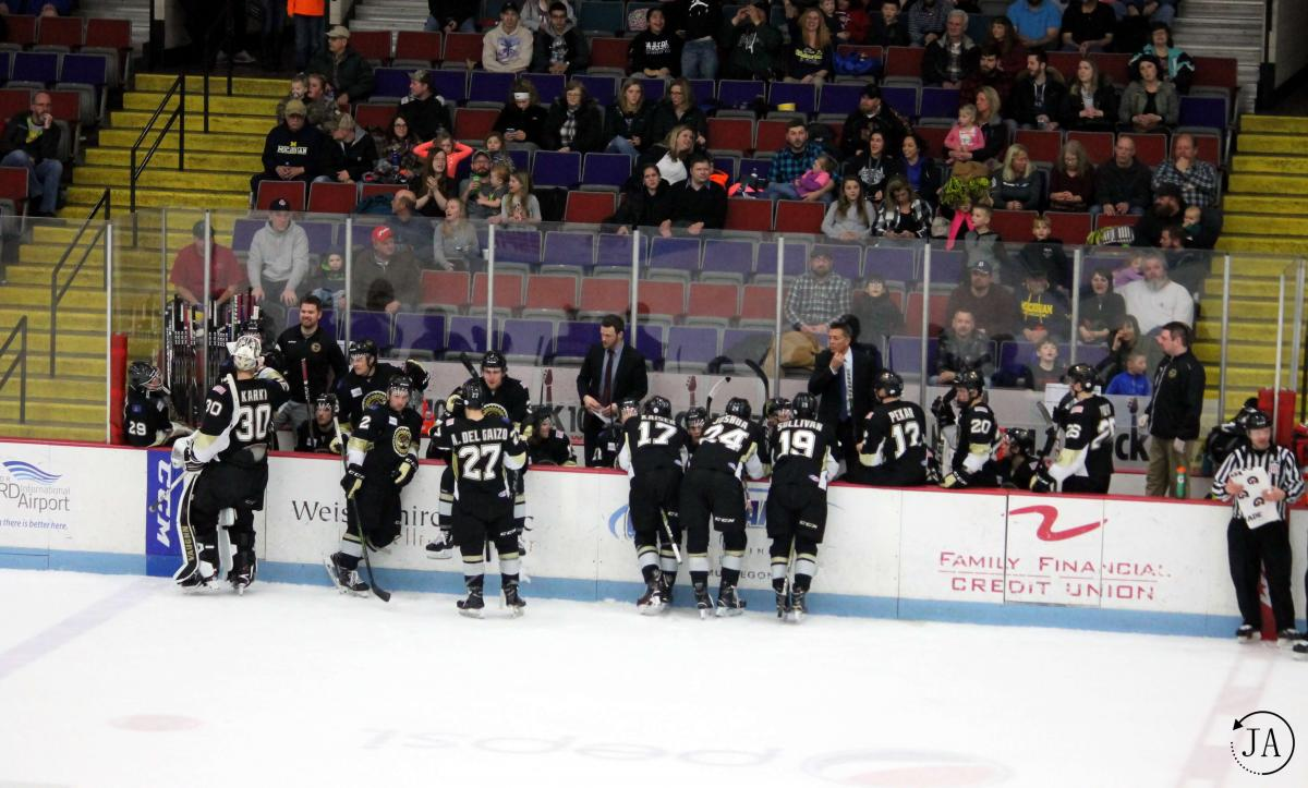 Muskegon Lumberjack's team time-out.